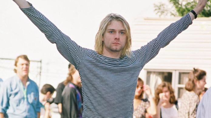Kurt Cobain 1993 MTV Music Video
