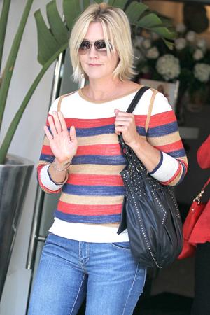 Jennie Garth shares divorce details from Peter Facinelli