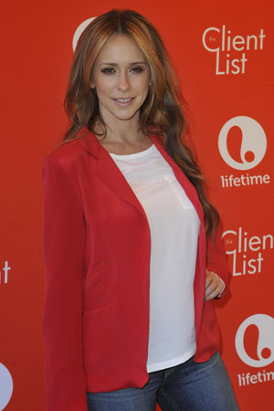 Jennifer Love Hewitt is pregnant