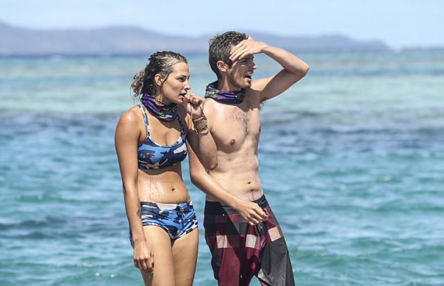 Jessica 'Figgy' Figueroa with Adam Klein in challenge on Survivor: Millennials Vs. Gen-X