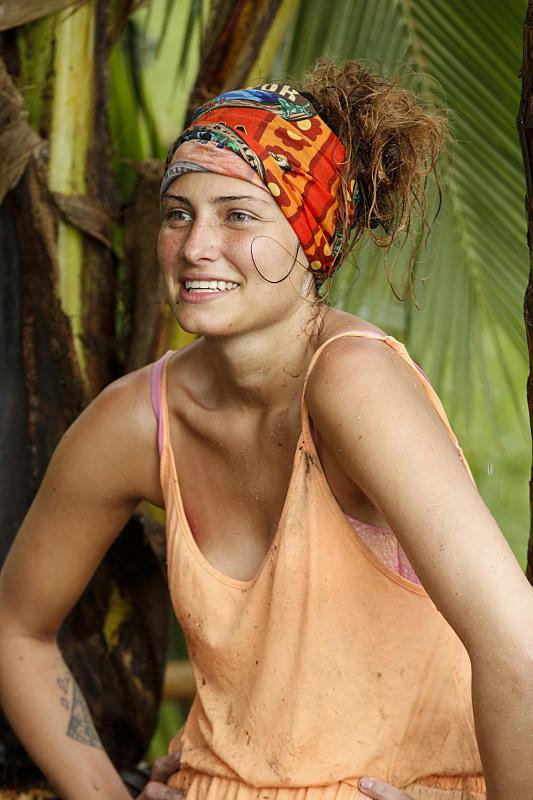 Jessica Figgy Figueroa at Millennials beach on Survivor: Millennials vs. Gen-X