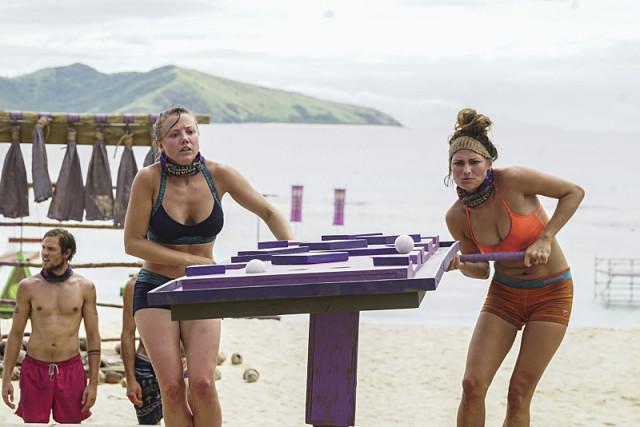 Jessica Lewis and Figgy compete in challenge on Survivor: Millennials Vs. Gen-X
