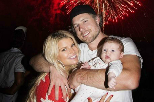 Jessica Simpson with Eric Johnson and Maxwell