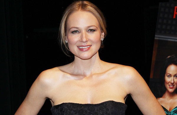 Jewel picked for The Sing-Off judge