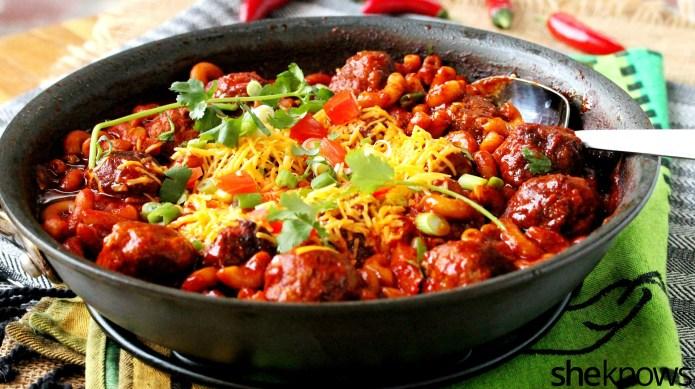 One-pot wonder: Saucy enchilada macaroni and