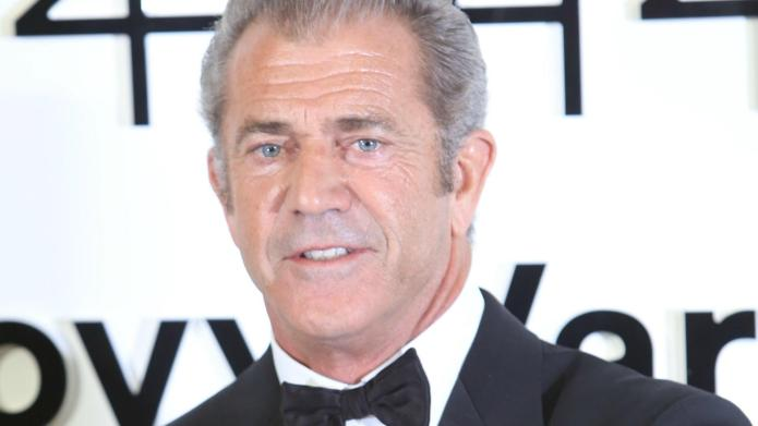 Mel Gibson acknowledges past mistakes, moves