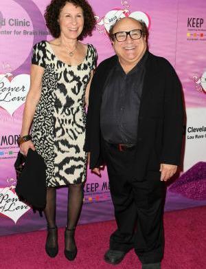 Danny DeVito & Rhea Perlman split