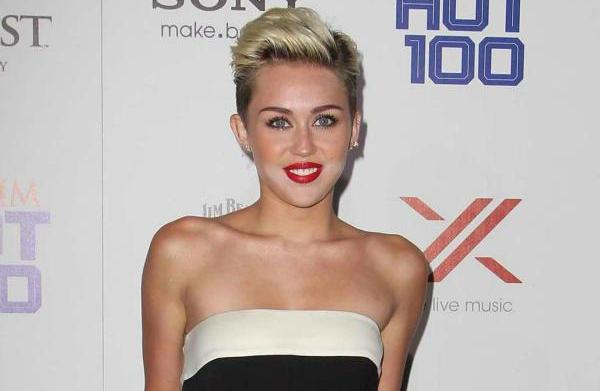 Miley Cyrus tops Maxim's Hot 100: