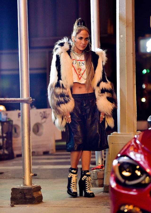 Jennifer Lopez on set 'Amor Amor Amor' Video