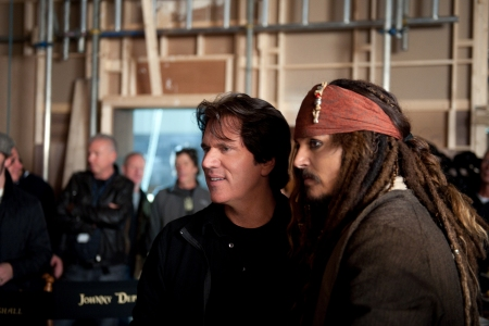Pirates director Rob Marshall and Johnny Depp on the set