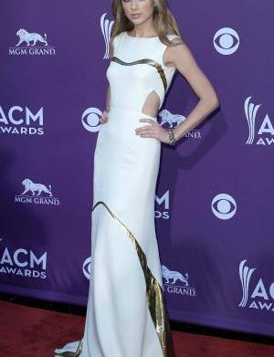 Fashion face-off: Gorgeous gowns of ACM