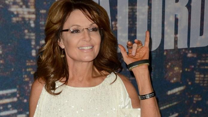 Sarah Palin takes aim at Bristol's