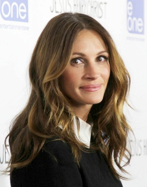 Julia Roberts gives Taylor Swift advice on her career, beauty and men