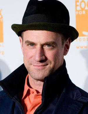 Christopher Meloni is on a one-man