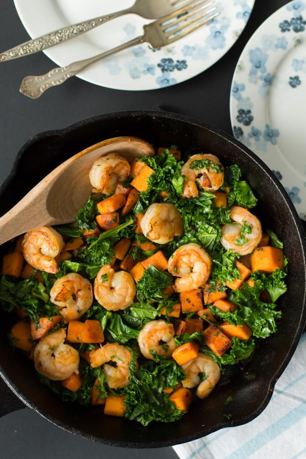 kale and shrimp skillet