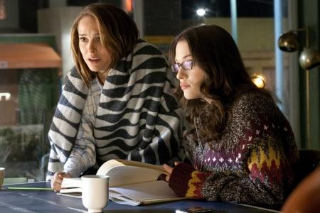 Natalie Portman and Kat Dennings in Thor