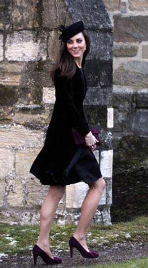 Kate Middleton has reportedly chosen Sophie Cranston to design her wedding dress