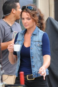 Katherine Heigl on the set
