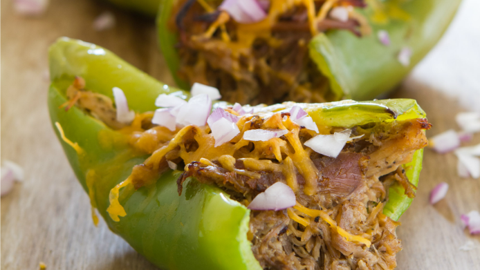 Cheesy pulled pork stuffed peppers
