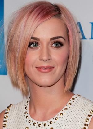 Katy Perry -- Demi bob