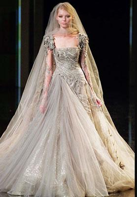 Katy Perry's wedding dress revealed!