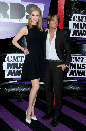 Keith Urban reveals how he keeps in contact with wife Nicole Kidman