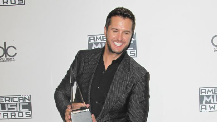 Luke Bryan cancels CMT appearance after