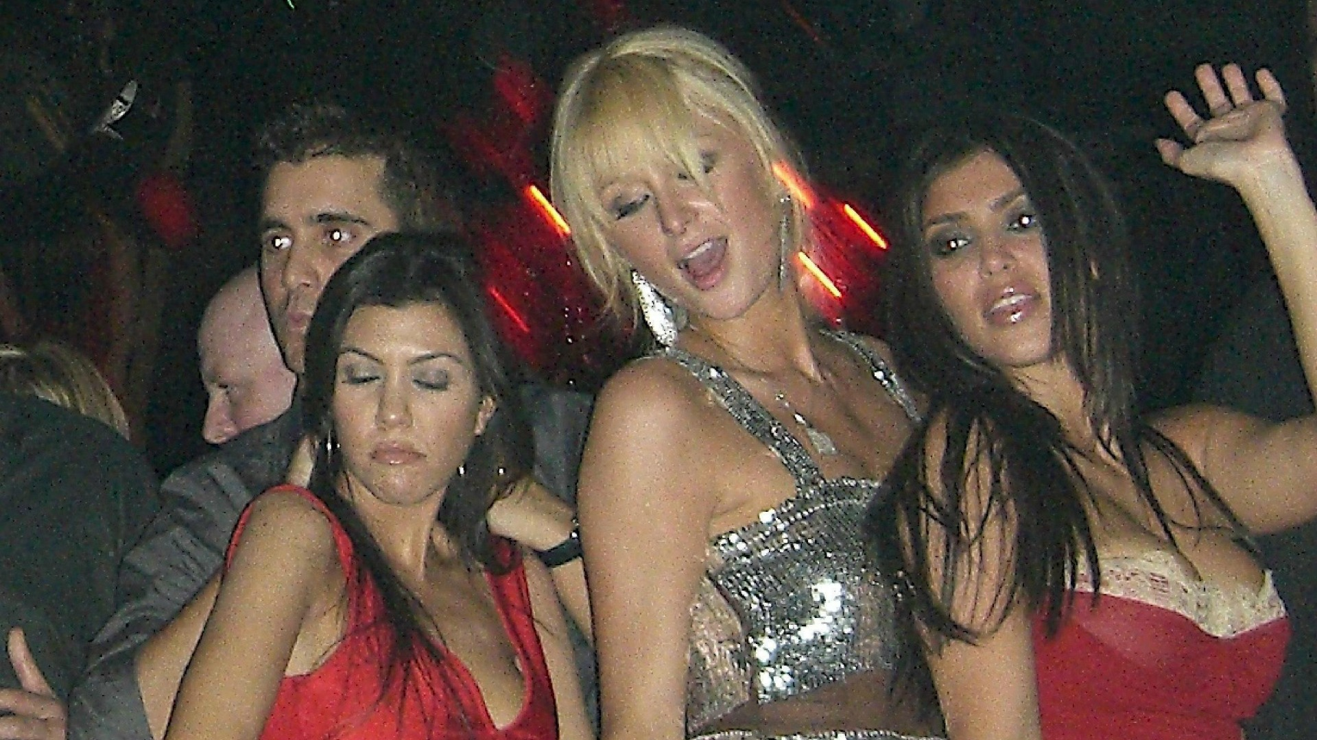 Paris Hilton and Kim Kardashian party in Las Vegas in 2006