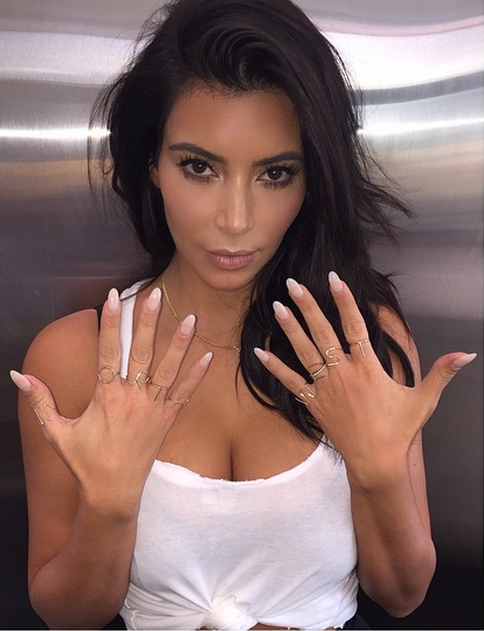 Kim Kardashain shows off her new North West jewelry