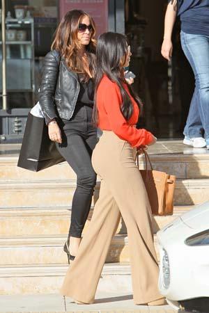 Kim Kardashian leaving Barneys New York in Beverly Hills