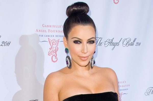 Kim Kardashian -- Top knot