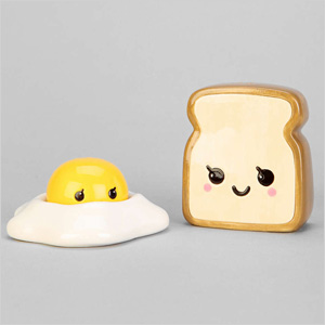 Eggs and toast shaker