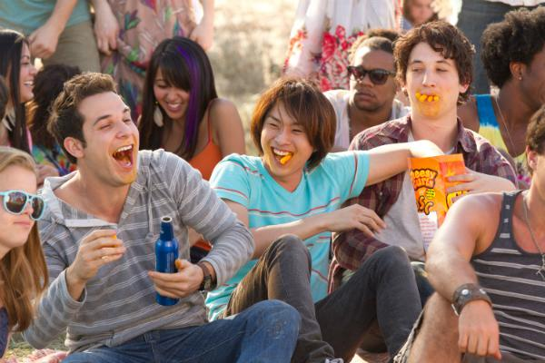 21 and Over cast talks tube