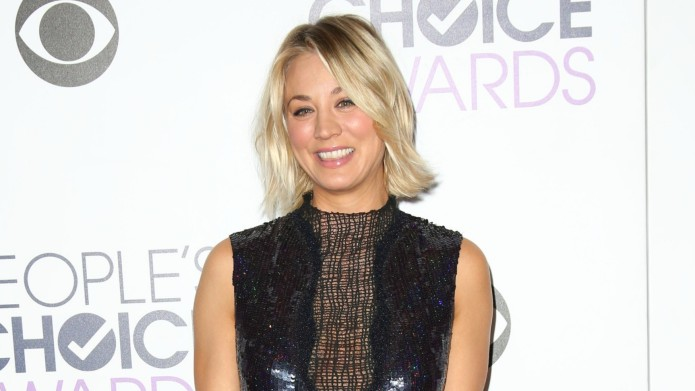 Kaley Cuoco gets cozy with unexpected