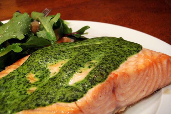 Tonight's Dinner: Cilantro-Spinach Salmon
