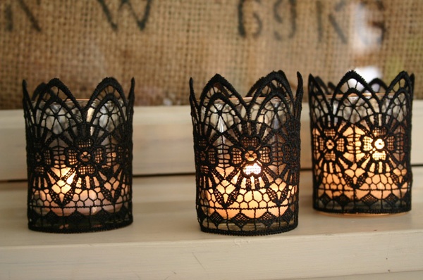 chic little lace candles