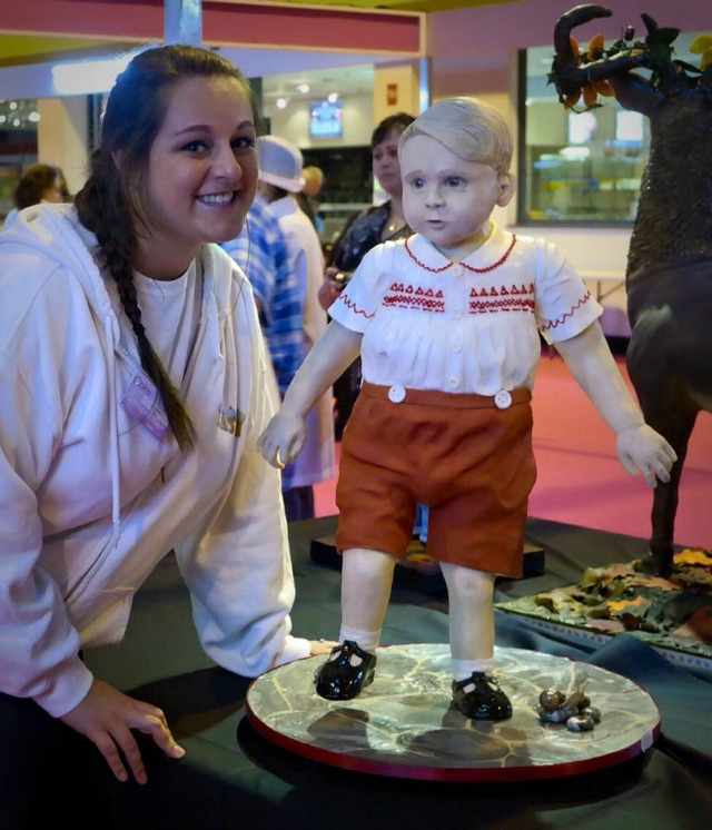 Lara Mason and her Prince George cake