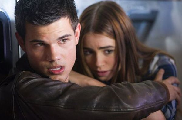 Lilly Collins talks Taylor Lautner's