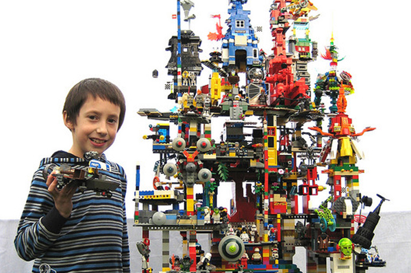 Lego the tower of chaos | Sheknows.com