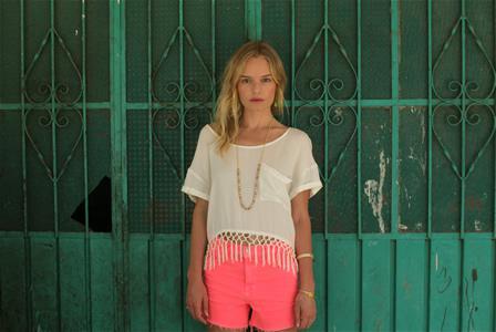 Soak up Kate Bosworth's beachy look