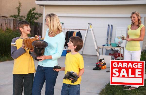 How to navigate the garage sale