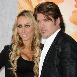 Miley Cyrus' parents rekindle romance after