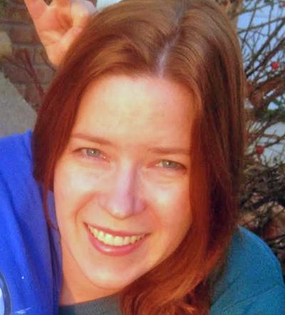 Magda Pecsenye - Single mom