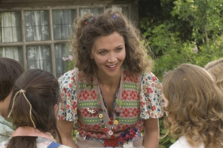 Maggie Gyllenhaal stars in Nanny McPhee Returns