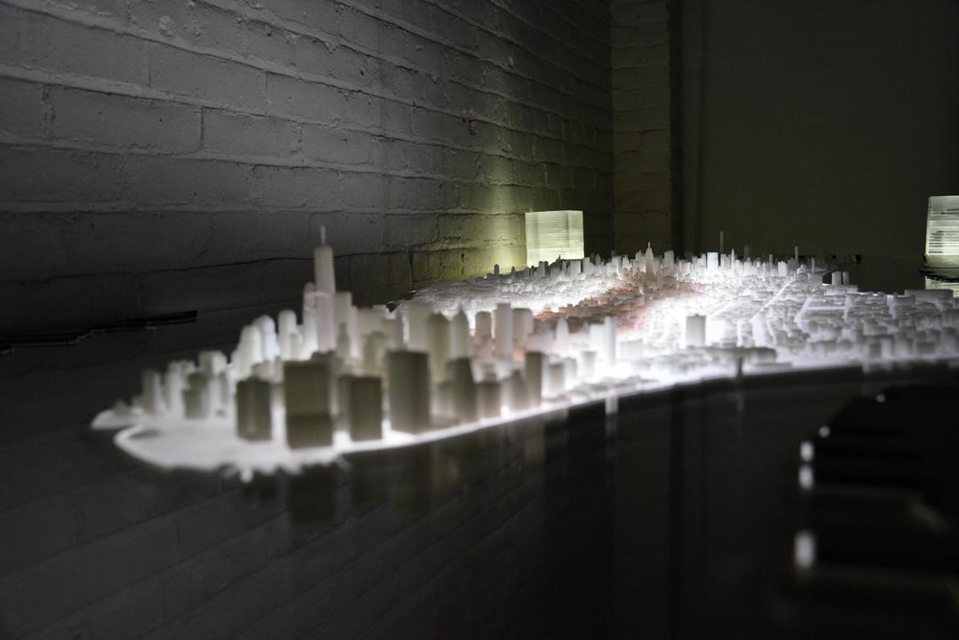 Manhattan desk