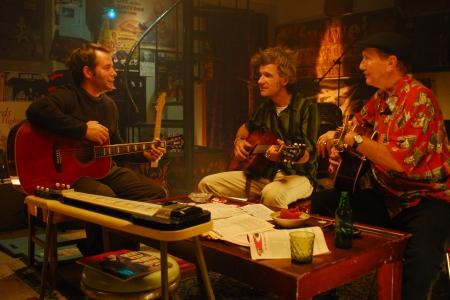 Matthew Broderick jams in Wonderful World
