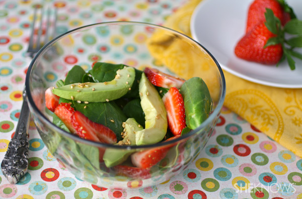 Spinach Salad with Avocados and Strawberries