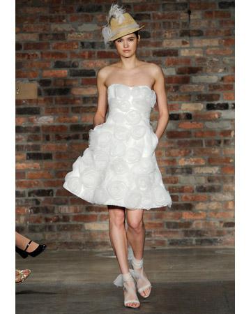 f129e03982 5 Short wedding dresses for spring – SheKnows