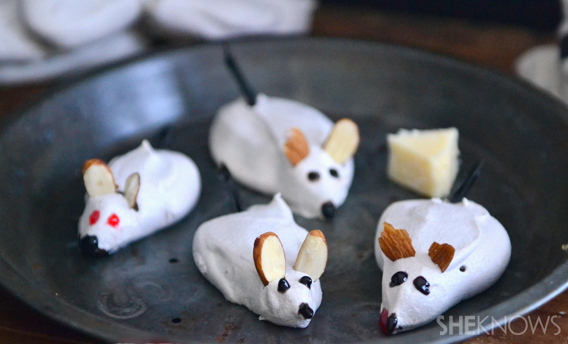 Creepy meringue mice