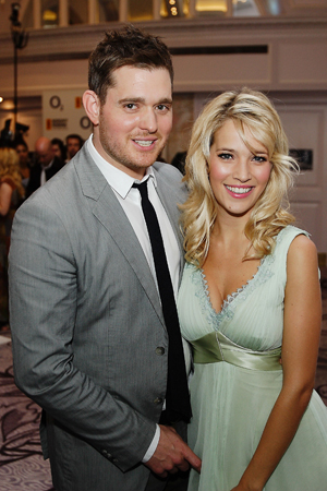 Michael Buble and wife expecting baby